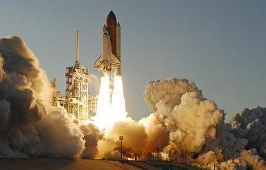 atlantis-space-shuttle-884641_640